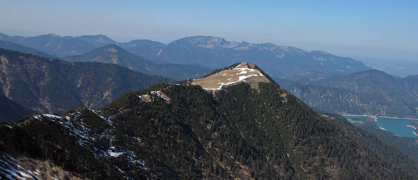 Karwendel: Gipfelkreuz am Kotzen zerstört