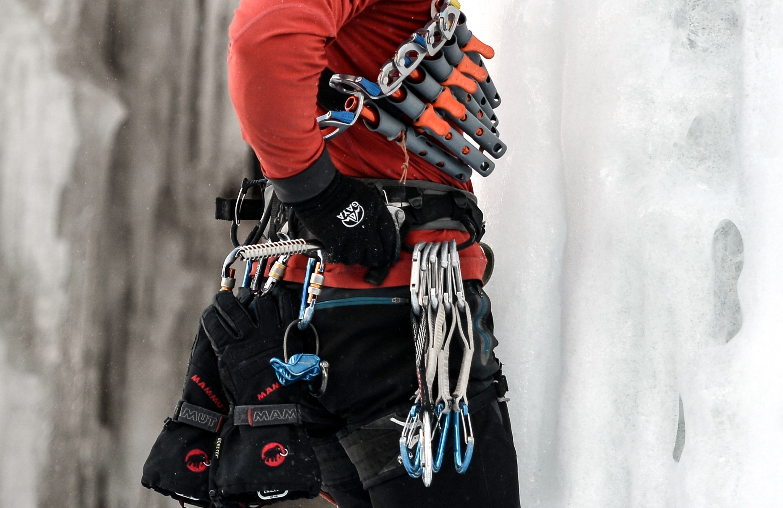 Klettergurt Test 2018 : Petzl hirundos klettergurt rot campz