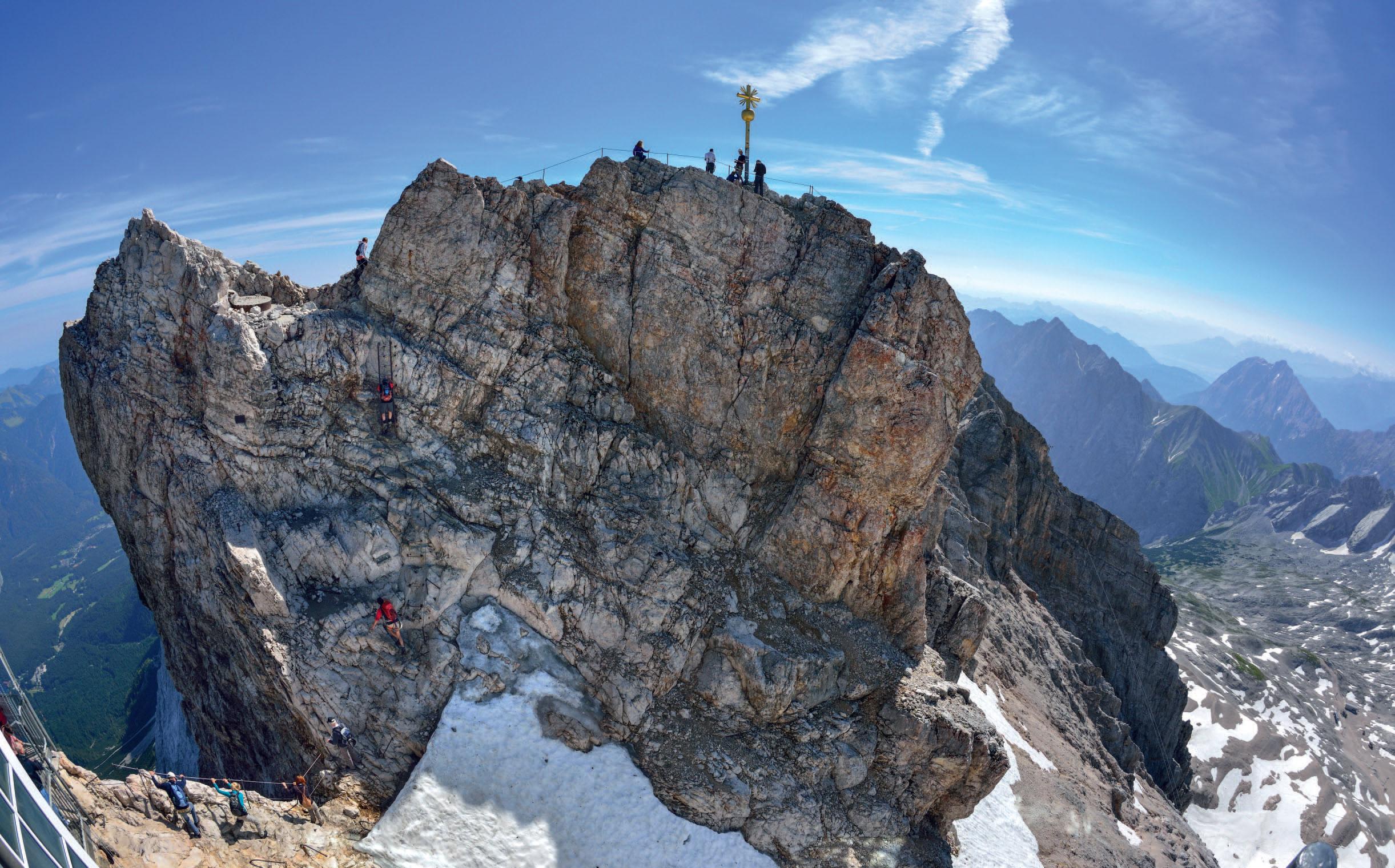 Klettersteig Höllental : Durch das höllental auf die zugspitze