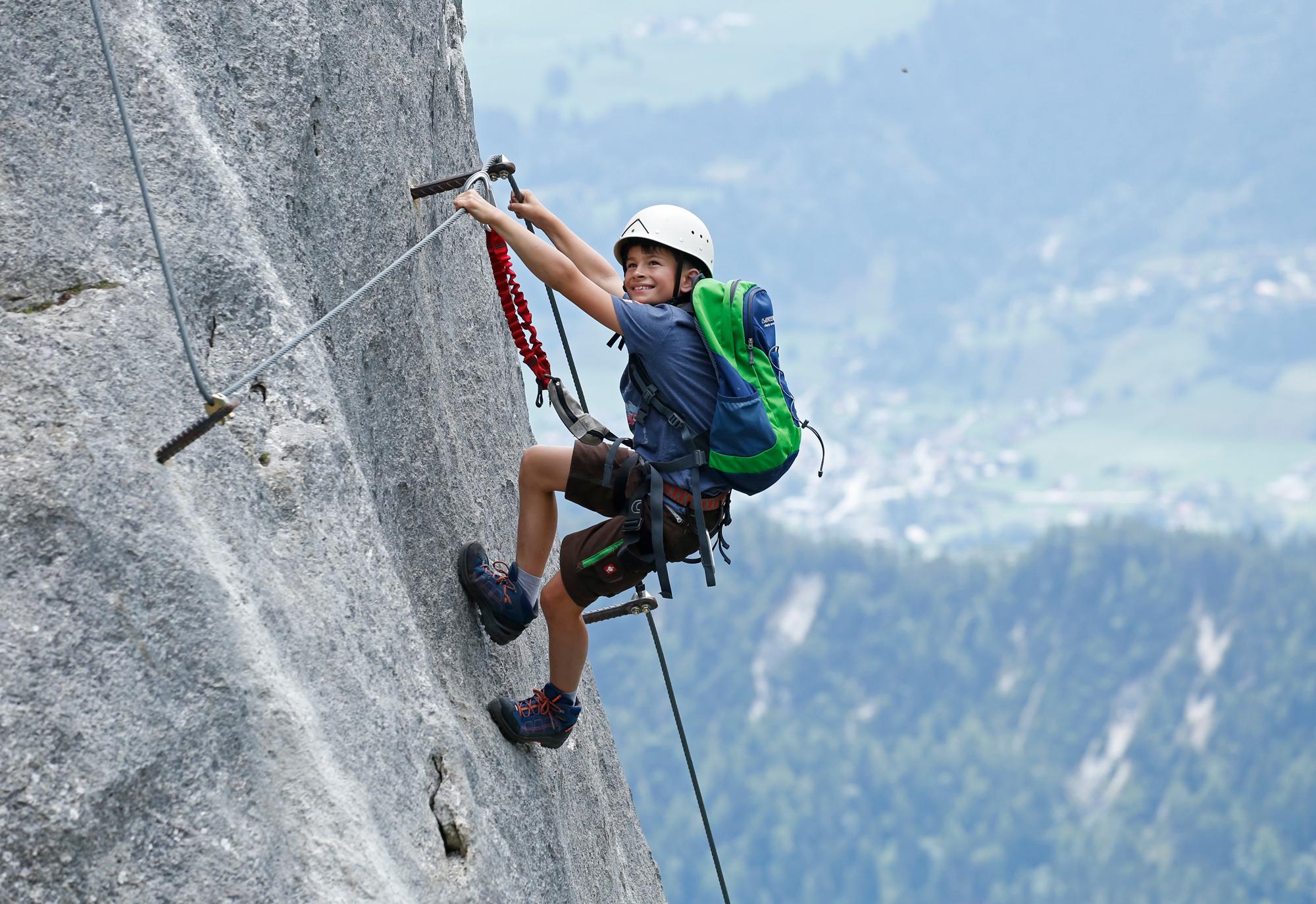 Klettergurt Kinder Größe : Mit kindern am klettersteig