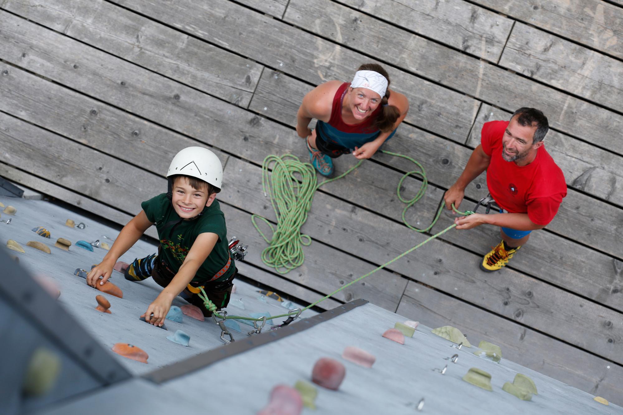 Klettergurt Kinder 8 Jahren : Klettern und bouldern mit kindern: das gilt es zu beachten