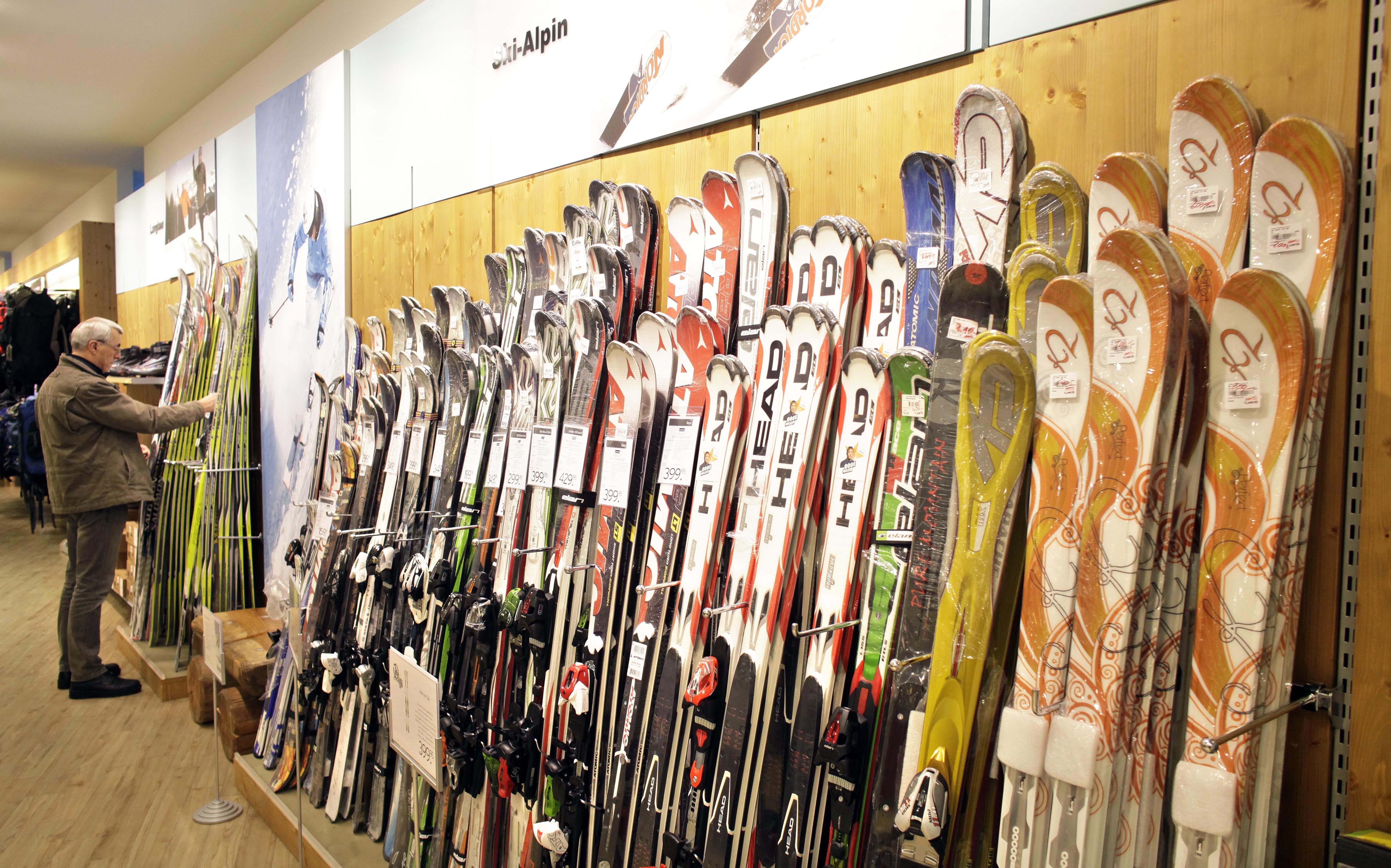 Kletterausrüstung Lagern : Wie soll man ski am besten lagern?