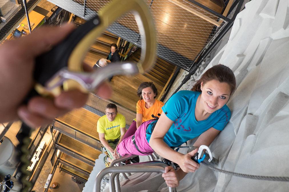 Klettersteigset Neue Norm : Klettersteigset test erfüllen die sets norm