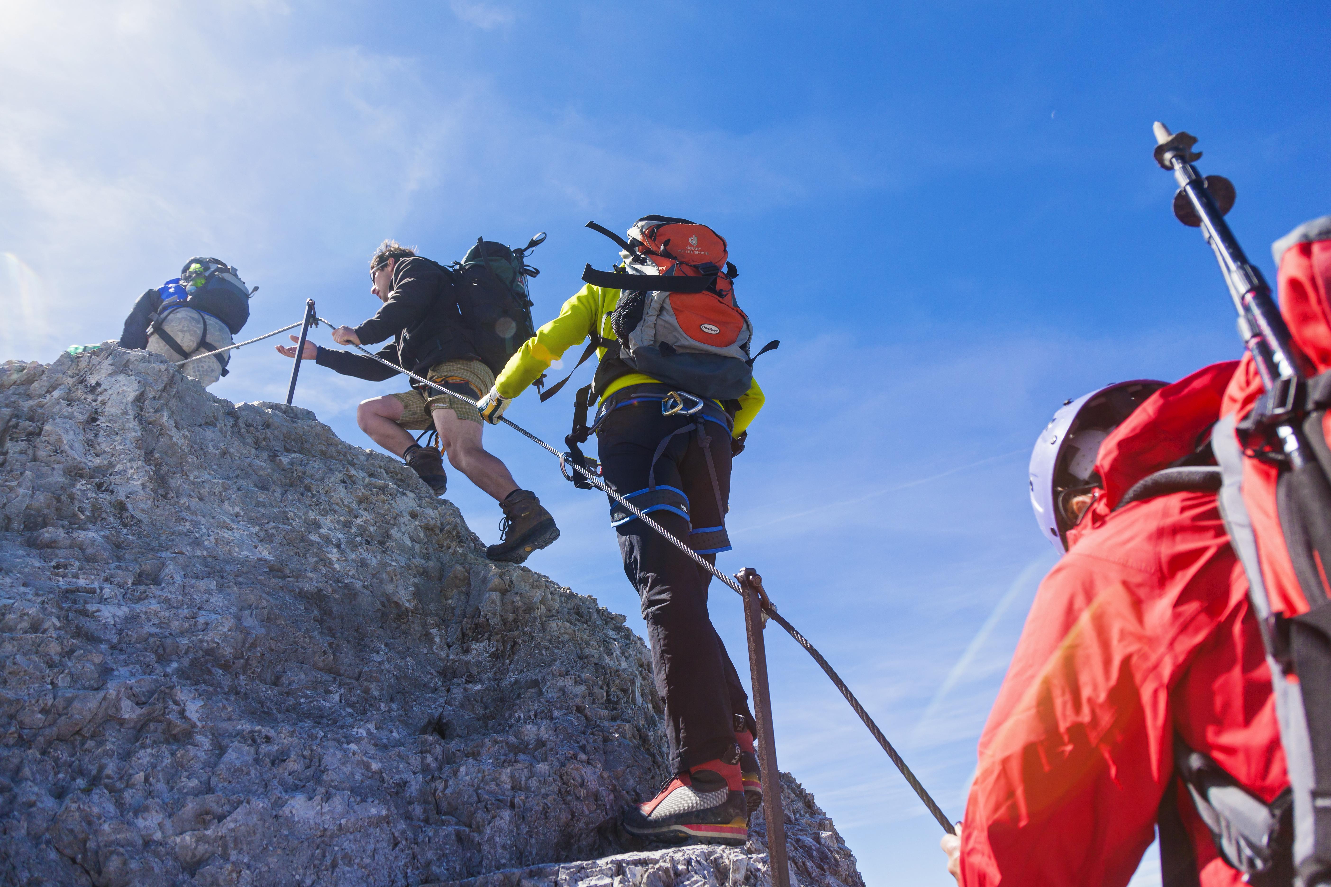 Klettersteigset Tipps : Richtige planung und ausrüstung für den klettersteig
